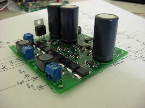 Class D amplifier assembled « Dangerous Prototypes