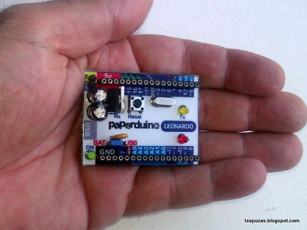 Diy arduino leonardo clone dangerous prototypes here machine translation is a diy single layer version of the arduino leonardo the blogger goes into detail on how to build one yourself solutioingenieria Images