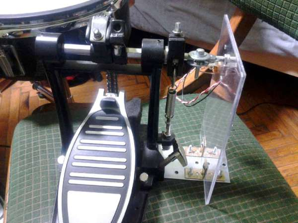 Making MIDI hi-hat controller from unused bass drum pedal