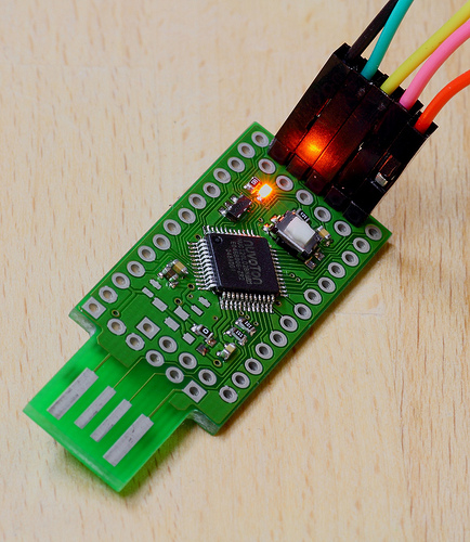 mchck-r1-programming-small