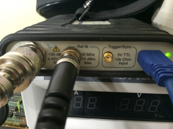 Tektronix_RSA-306_10_MHz_Reference_Input