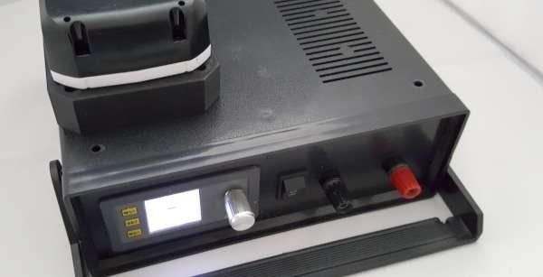 Battery_bench_PSU-600