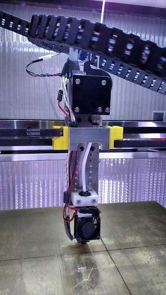 new extruder carriage