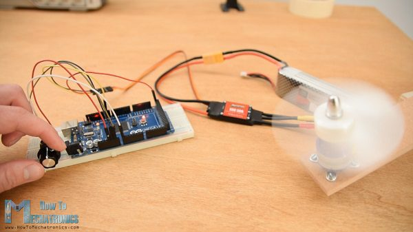 Controlling-brushless-motor-using-Arduino-and-ESC