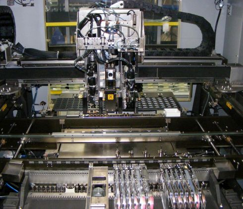 Pick and place internals of surface mount machine-W4901.jpg